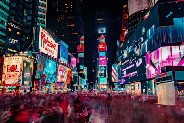 joe-yates-Times Square
